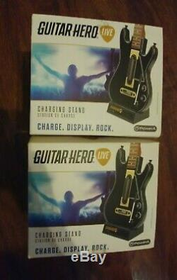 Guitar Hero Live Set PS4 (2 guitars, 2 dongles, 1 bag, 2 New chargers + Disc)