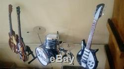 Guitare Miniature, Bass & Drum Set The Beatles Instruments De Musique Afficher Uniquement