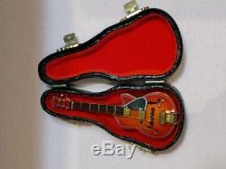 Madame Alexander Poupées 8 Beatles Poupées Set 3 Guitares New Rock N Roll Rare
