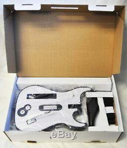 Nintendo Wii Wii-u Lego Rock Band Jeu Vidéo + 2 Nouveau Wireless Guitares Set Bundle