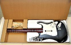 Sealed New Xbox 360 Rock Band 3 Jeu + Ensemble De Bundles Guitar Sans Fil Fender 1 2 4